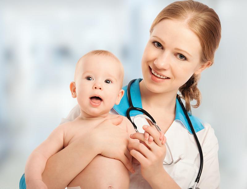 У детей до двух лет терапию контролирует педиатр