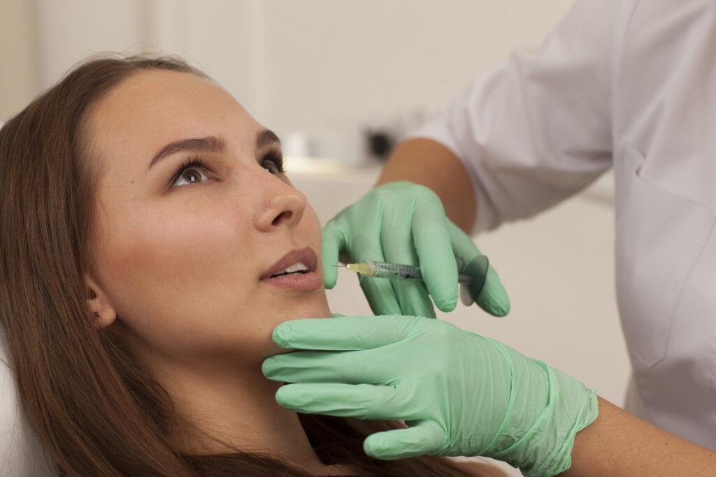 Лечебные процедуры нужно доверить специалисту