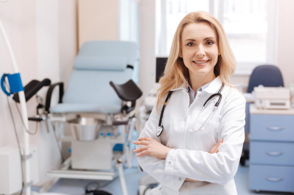 Гинеколог определит диагноз перед лечением